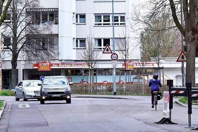 Polizei findet verletzten Mann in der Haslacher Straße in Freiburg