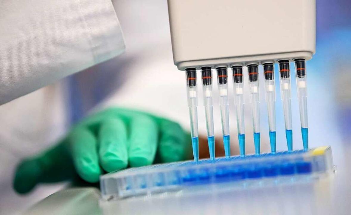 Sind Antikörper-Tests der Ausweg aus der Corona-Krise?  | Foto: Sven Hoppe (dpa)