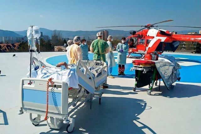 Die Hubschrauber der Rega transportieren Covid-19-Patienten in drei Ländern