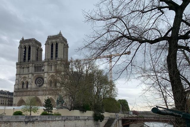 Schwer beschädigte Notre-Dame liegt wegen Corona-Baustopp im Dornröschenschlaf