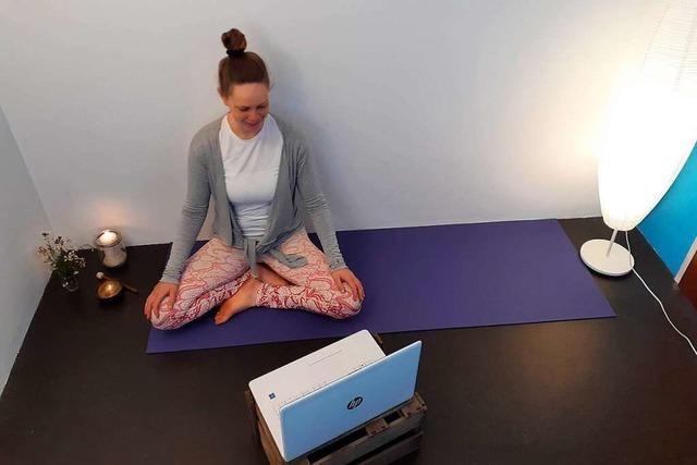 Wie funktioniert eine Online-Yogastunde per Videokonferenz?