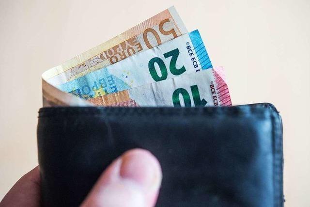Ladendetektiv beschafft Geldbeutel nach versuchtem Diebstahl in Freiburg wieder