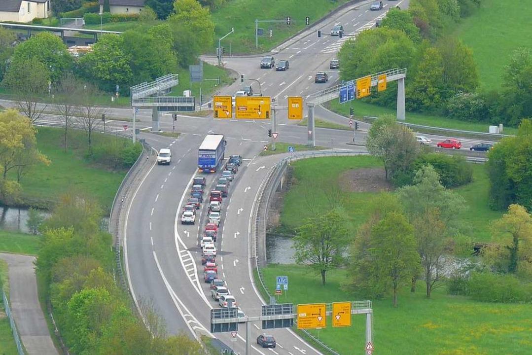Die Kreuzung Hasenloch in Lörrach war auch 2019 ein Unfallschwerpunkt.    Foto: Daniel Gramespacher