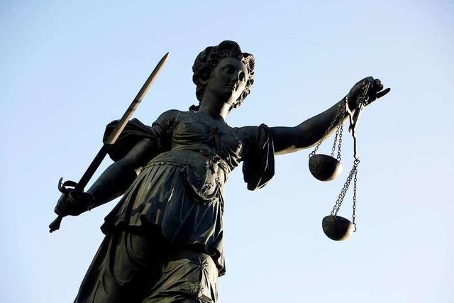 Freund massiv bedroht – Bewährungsstrafe für 26-jährigen Rheinfelder