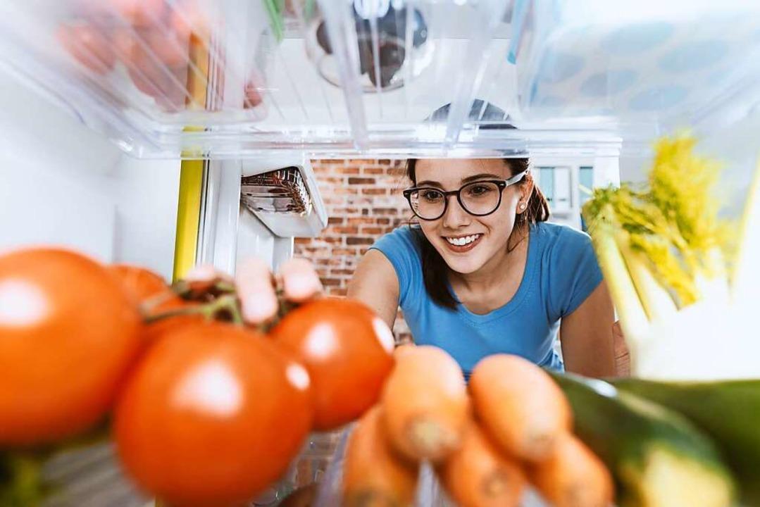 Ist der Kühlschrank so gefüllt, dann d...icherlich häufiger zugegriffen werden.  | Foto: StockPhotoPro  (stock.adobe.com)