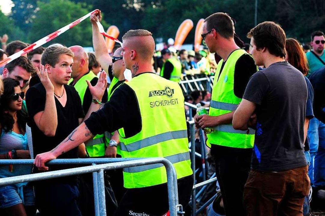 Mitarbeiter von Eloo Sicherheit im Ein...You-Festival in Freiburg (Archivbild).    Foto: Thomas Kunz
