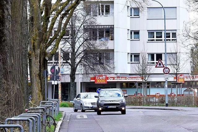 Unbekannter verletzt 29-Jährigen in Freiburg-Haslach mit Schlag ins Gesicht