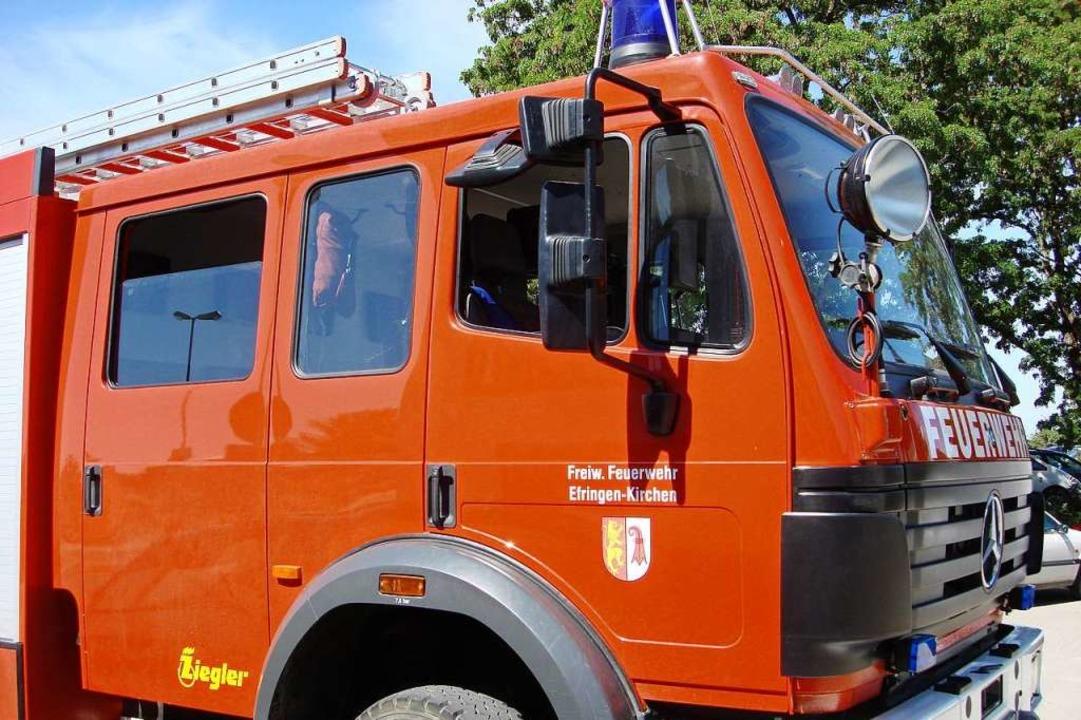 Die Feuerwehrabteilungen Blansingen, H...nden Traktors in Blansingen ausrücken.  | Foto: Victoria Langelott