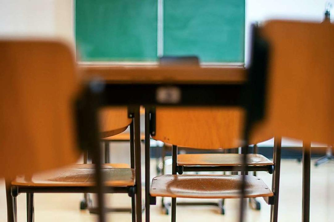 Im Mai werden sich die ersten Klassenzimmer wieder füllen.  | Foto: Klaus-Dietmar Gabbert (dpa)