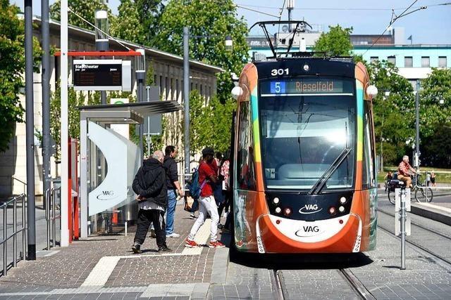 Straßenbahnen in Freiburg fahren ab Montag wieder öfter