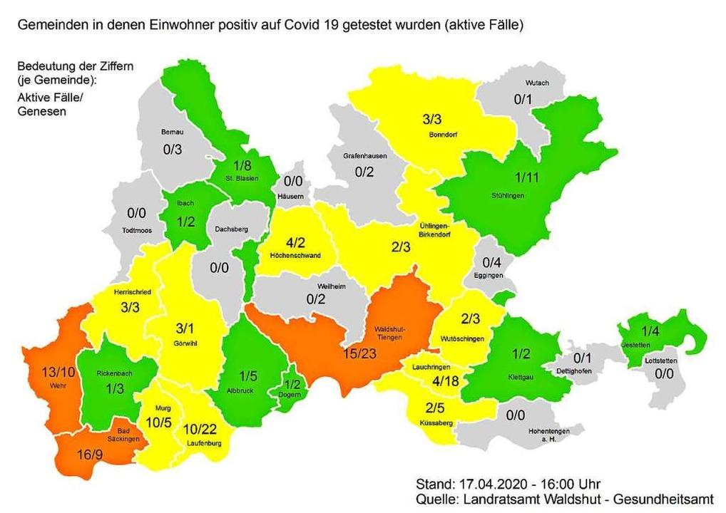 Diese Grafik zeigt die Zahl der aktive... die der Genesenen (Stand: 17. April).  | Foto: Landratsamt Waldshut