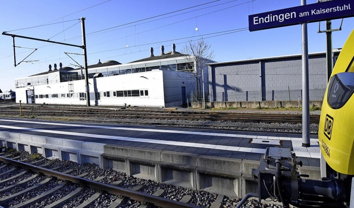 In den Betriebswerkstätten der SWEG in... elektrische S-Bahnen ersetzt werden.     Foto: Markus Zimmermann
