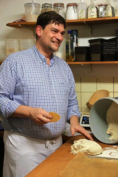 Jeder sein eigener Bäcker: Blattert gibt auch Kurse.  | Foto: -