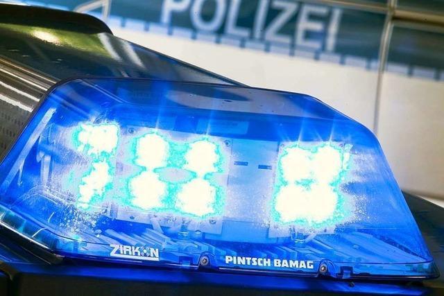 Nach Motorradunfall: 25-Jähriger wird mit Rettungshubschrauber ins Krankenhaus gebracht