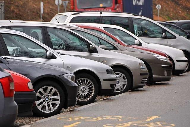 Geparkte Autos sollen in Basel unter die Erde