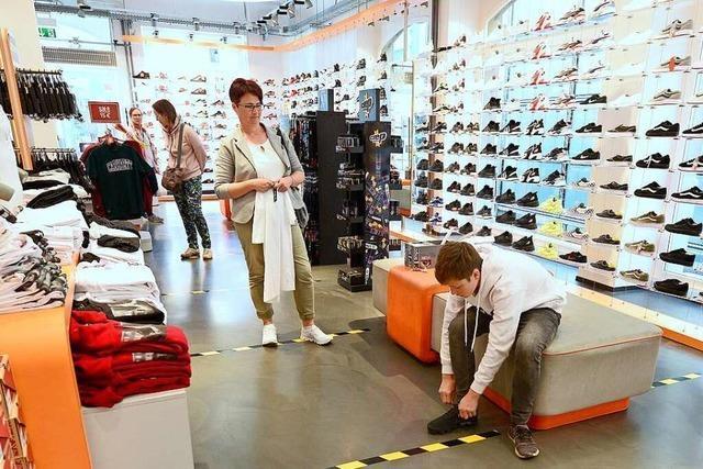 Freiburger Kunden kaufen vor allem Laufschuhe und Bücher