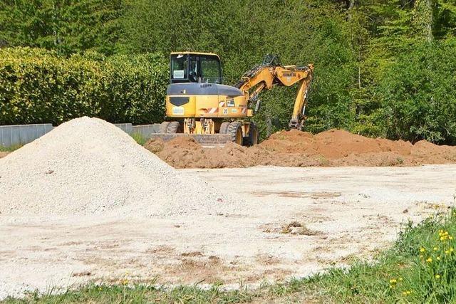 Rheinfelder lässt Bolzplatz für seinen Sohn anlegen – und muss ihn wieder zurückbauen