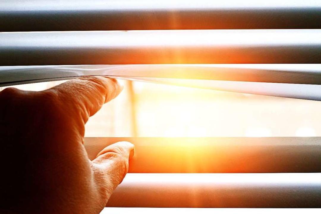 Kann ich durch ein Fenster Sonnenbrand bekommen?  | Foto: Jürgen Fälchle (stock.adobe)
