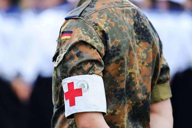 Bundeswehr unterstützt das Klinikum mit zwölf Sanitätern