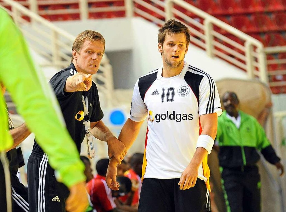 Zusammen mit Trainer Martin Heuberger ...hen Geppert 2011 Junioren-Weltmeister.  | Foto: Michael Heuberger