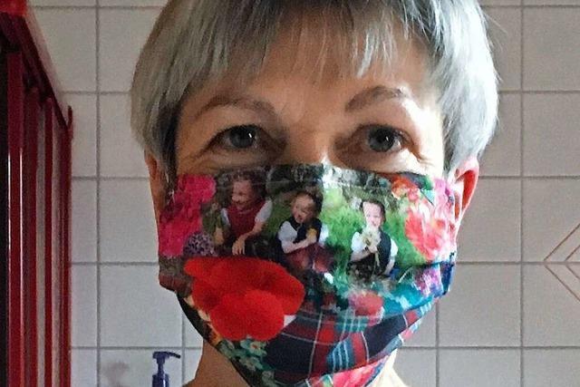 Diese Maulburgerin näht Schutzmasken mit Schwarzwald-Motiven