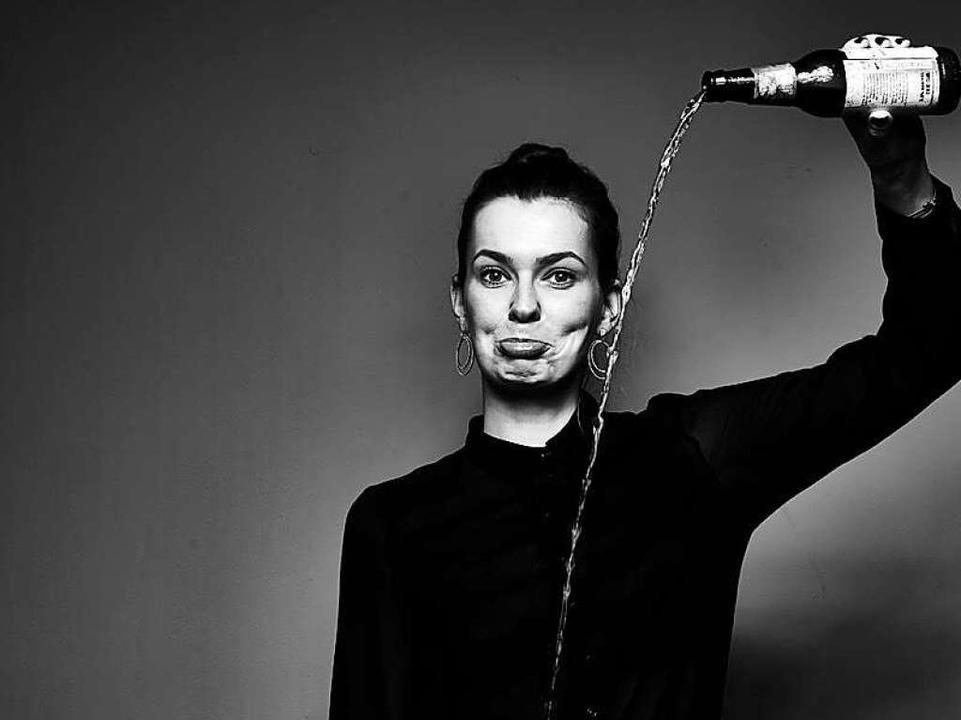 Sophia Wenzel findet, wir sollen wieder mehr an Lebensmitteln riechen.  | Foto: Anatol Kotte