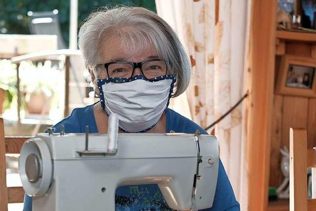 Masken gegen Spenden – Renate Schaller will Klinikpersonal eine Freude machen