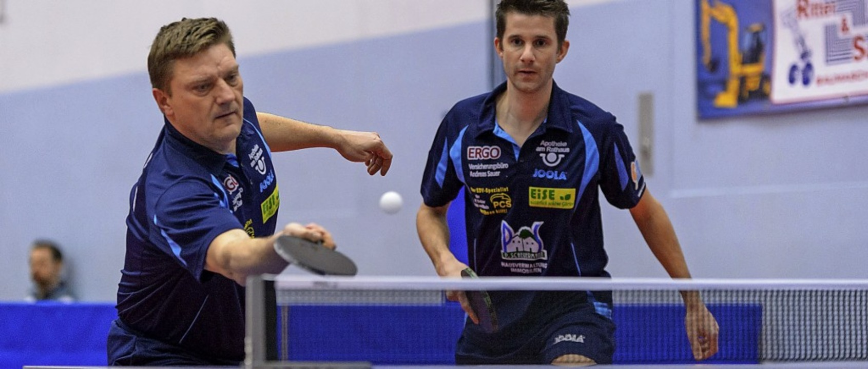 Alen Kovac (links, hier beim Doppel mi...d coacht die Weiler Frauen-Mannschaft.  | Foto: Gerd Gruendl