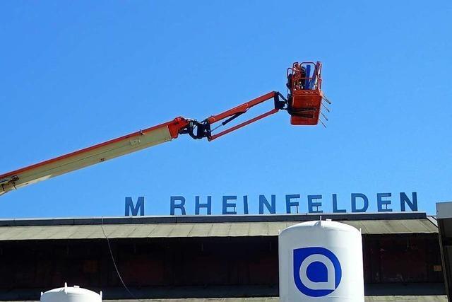 Prägendes Schild weicht für Dachsanierung