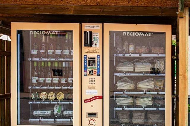In einem Automat in Gottenheim gibt es regionale Erzeugnisse rund um die Uhr