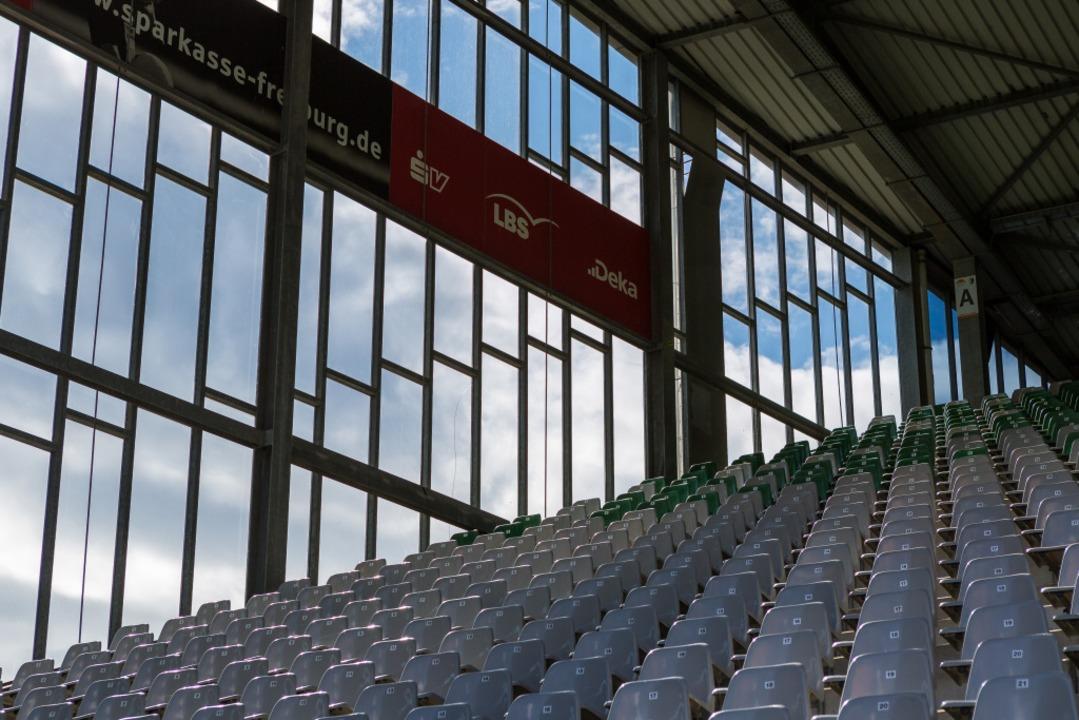 Nicht nur die Sitzplätze werden wohl noch länger leer bleiben.    Foto: Carlotta Huber
