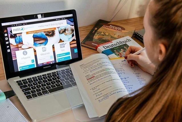 Freiburger Schulen lernen jetzt, wie Online-Unterricht geht
