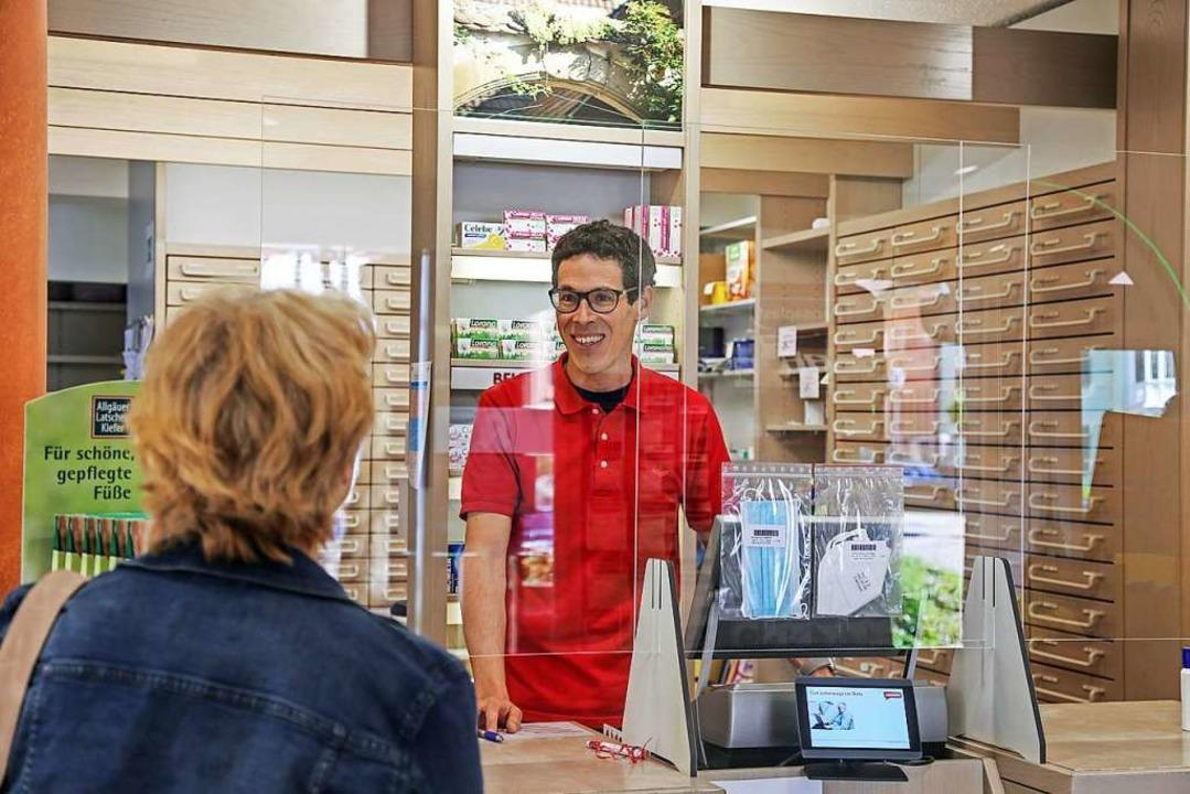 Apotheker Martin Müller begrüßt die Ko...nen Kollegen in der südlichen Ortenau.  | Foto: Sandra Decoux-Kone