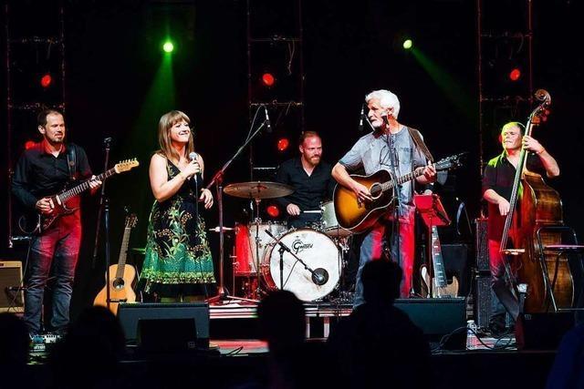 Die Wise-Dietkron-Band sendet Grüße und einen Live-Song