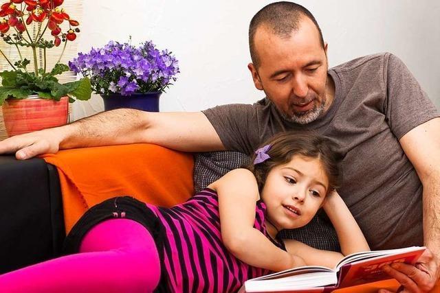 Tipps zum Vorlesen: So ziehen Sie Ihre Kinder in den Bann