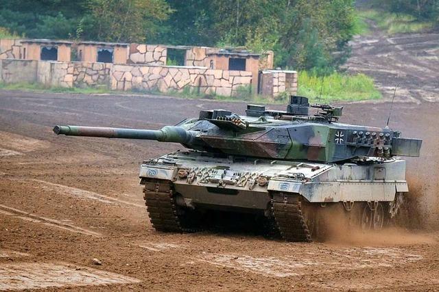 Die globalen Ausgaben fürs Militär erreichen neuen Höchstwert