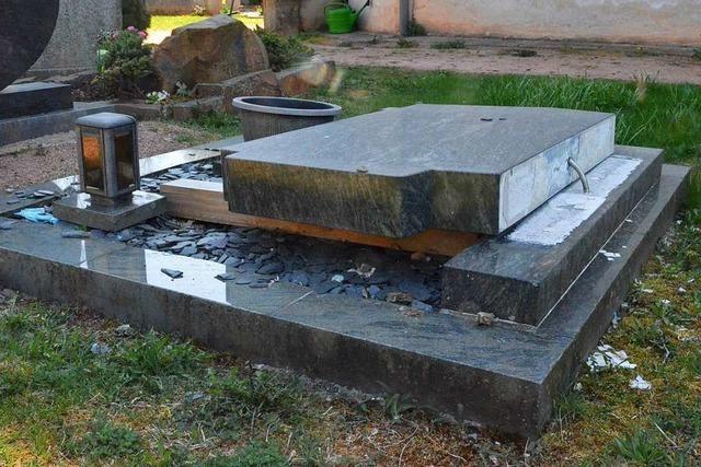 Was man gegen Gefahren tun kann, die von Grabsteinen ausgehen