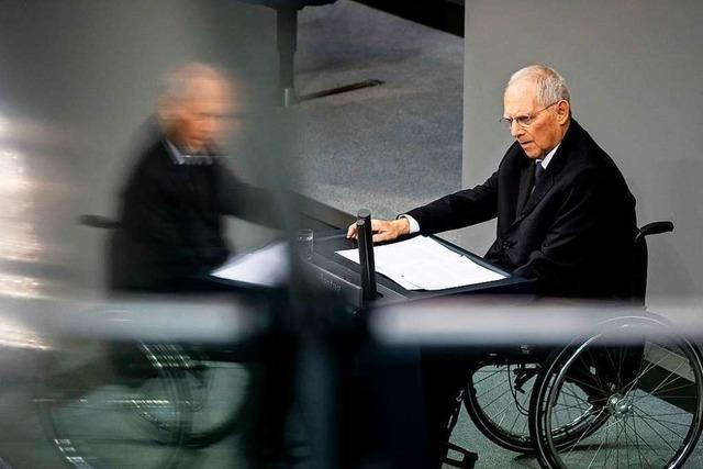 Schutz des Lebens, Einfluss der Virologen: Schäubles Interview hallt nach