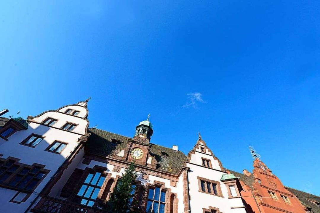 Das Freiburger Rathaus: In den vergang...tverwaltung nicht mehr ausgeschrieben.  | Foto: Ingo Schneider