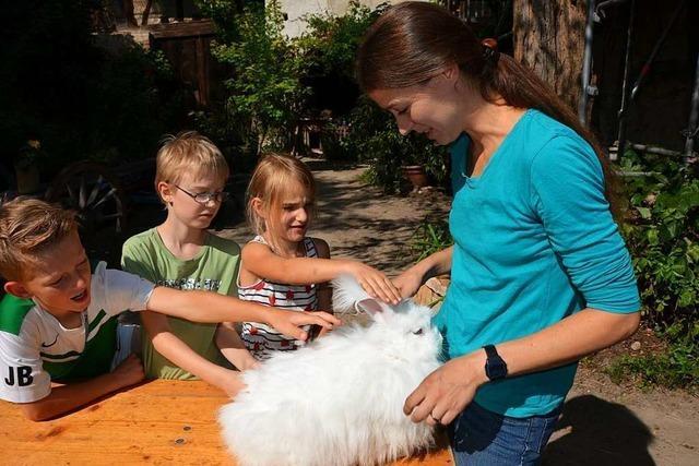 Auf dem Natur- und Erlebnishof in Opfingen können Kinder seltene Nutztierrassen kennenlernen