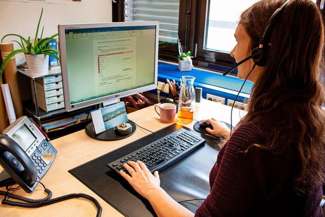 Derzeit ist das Gesundheitsamt  ganz f...te Aufgaben wie die Kontaktverfolgung.  | Foto: Landratsamt