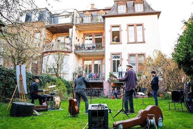 Das Freiburger Quarantäne-Quartett tritt jetzt auch außer Haus auf