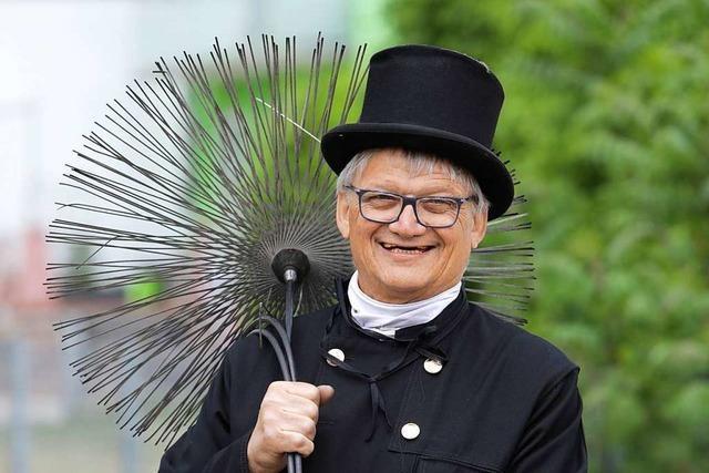 Schornsteinfeger Hans-Jürgen Kopf geht nach 50 Jahren in Rente
