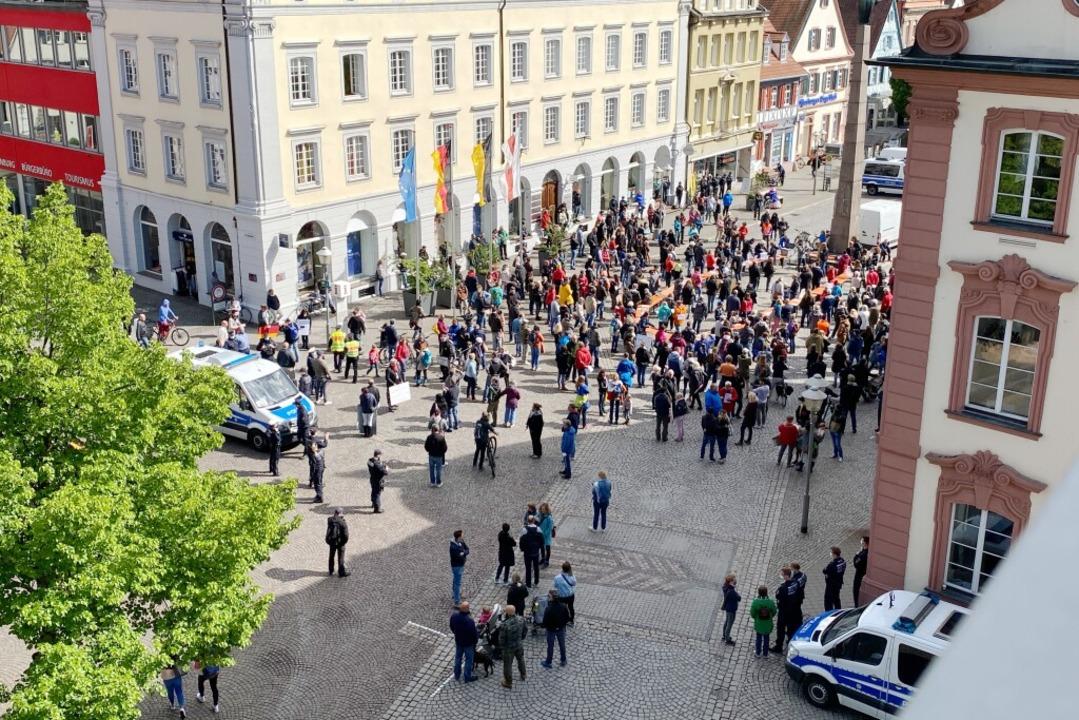 Die Demo am Samstagnachmittag von oben  | Foto: BZ