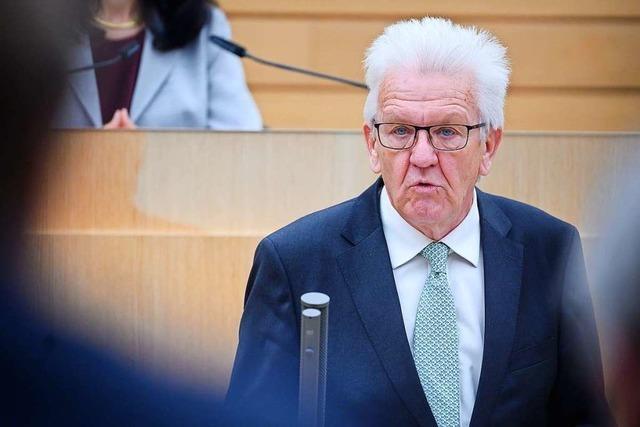 Ministerpräsident Kretschmann liest den