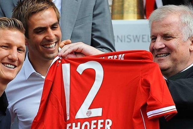 Innenminister Seehofer spricht sich für Bundesliga-Neustart aus