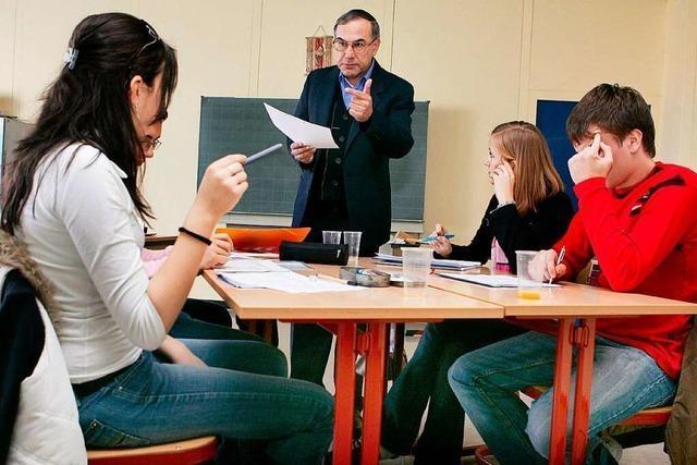 Freiburg hat viele Lehrkräfte über 60 Jahre – die trotzdem unterrichten wollen