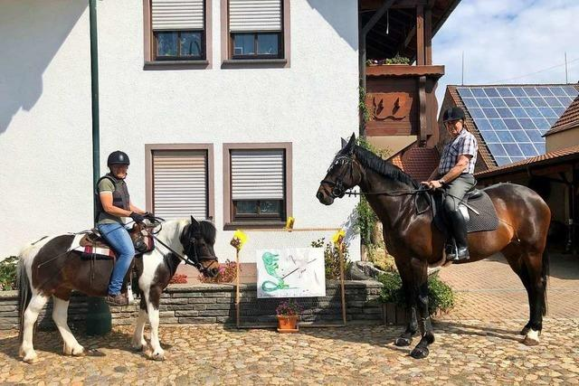 Keine Reiterprozession – aber ein geschmückter Stadtteil