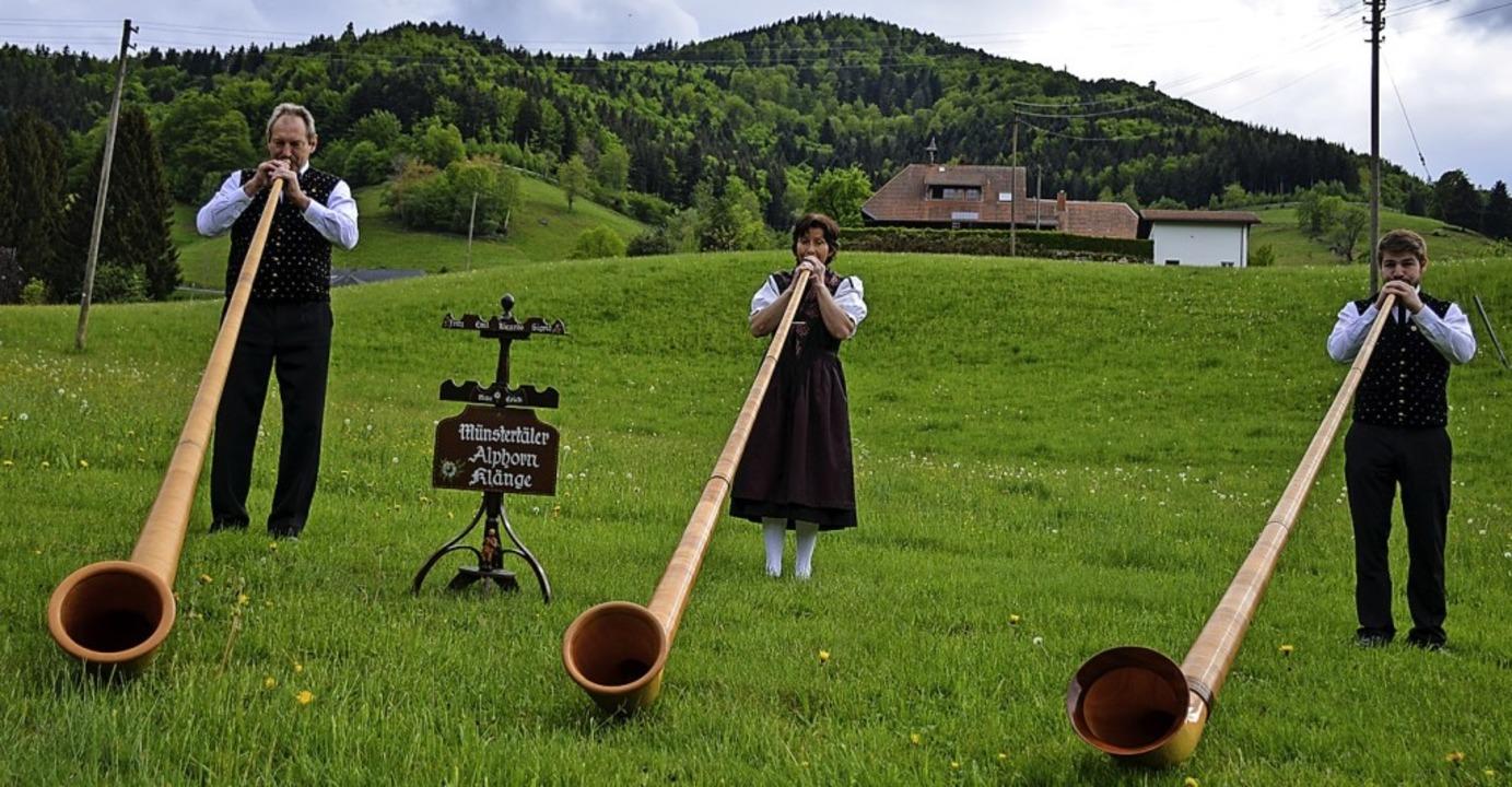 Maigrüße per Alphorn gab es in Münstertal.    Foto: Gabriele Hennicke