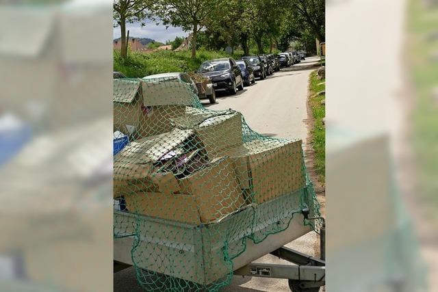 Schlange stehen fürs Recycling